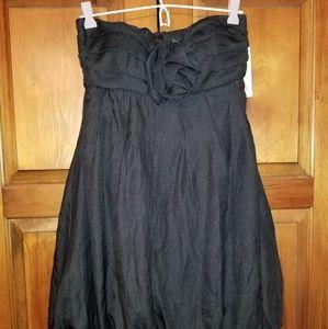 5/$30~BNWT Alyn Paige short bubble dress sz 7/8